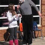 Mime at Weddington